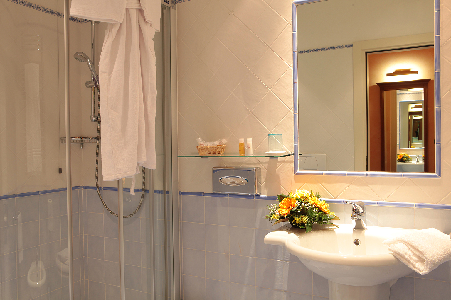 Connecting Rooms Davanzati Hotel: Classic Double Rooms ‹ Davanzati Hotel